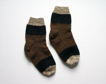 8d77d3c70f8e4b Grizzly Bear Hand-Knit Socks Women 7.5 - 8 - 8.5