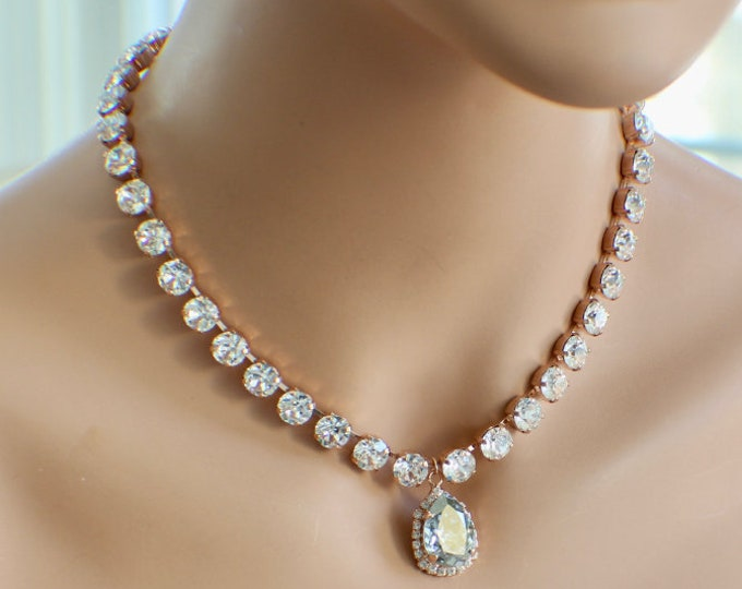 Custom Swarovski Crystal Bridal Necklace Vintage Style Wedding Statement Necklace Pendant Drop Custom Bridal Necklace Special Occasion