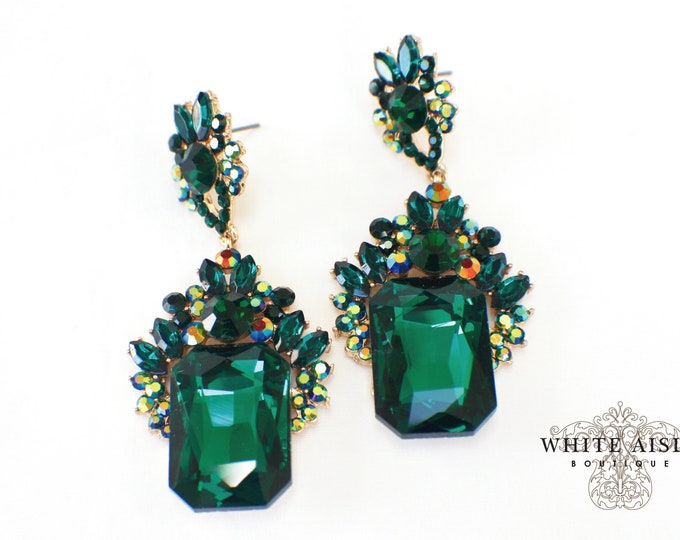 Emerald Green Crystal Chandelier Earrings Bridesmaids Gift  Wedding Jewelry Vintage Style Bridal Bridesmaids Bridal Party Gifts