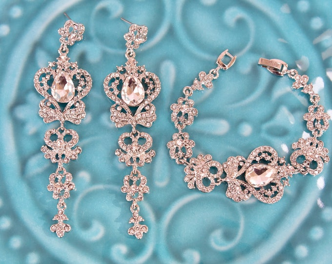 Vintage Style Crystal Crown Bridal Bracelet Earrings Set Wedding Jewelry Set Evening Special Occasion Long Chandelier Statement Earrings
