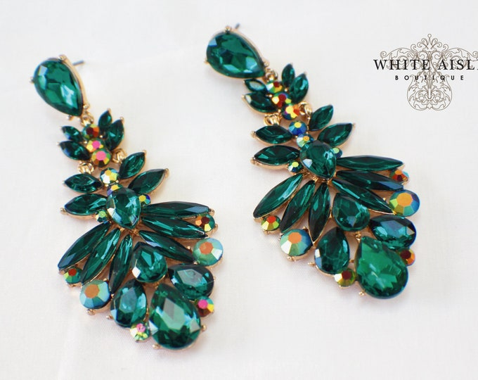 Emerald Green Crystal Chandelier Earrings Bridesmaids Gift  Wedding Jewelry Vintage Inspired Bridal Bridesmaids Bridal Party Gifts