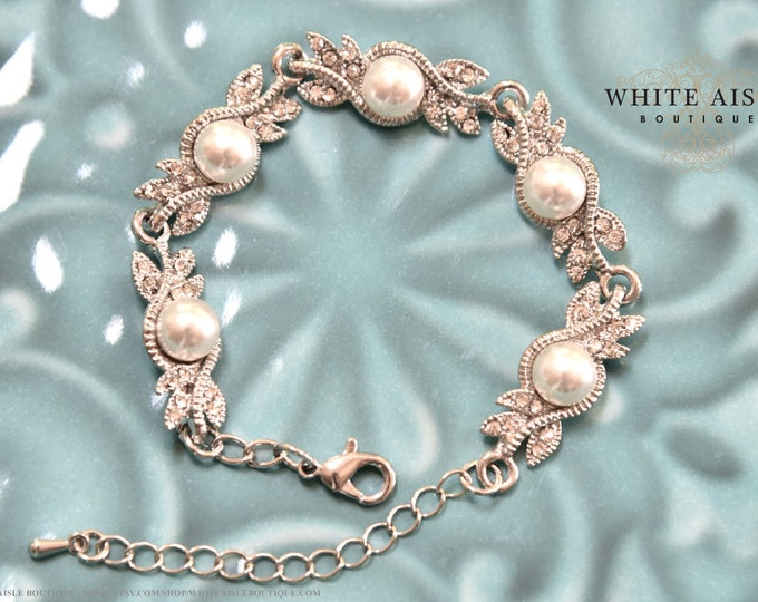 Crystal Pearl Bridal Bracelet Vintage Style Statement Bracelet Special Occasion Bridesmaids Jewelry Bridal Party Gift