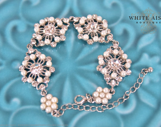 Pearl Bridal Bracelet Vintage Style Crystal Pearl Statement Bracelet Special Occasion Jewelry Bridesmaids Bridal Party Gifts