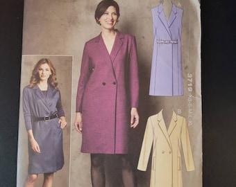 Kwik Sew 3719 semi ftted double breasted dress pattern