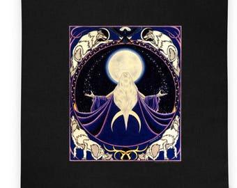 Wolf Moon Goddess Tote bag