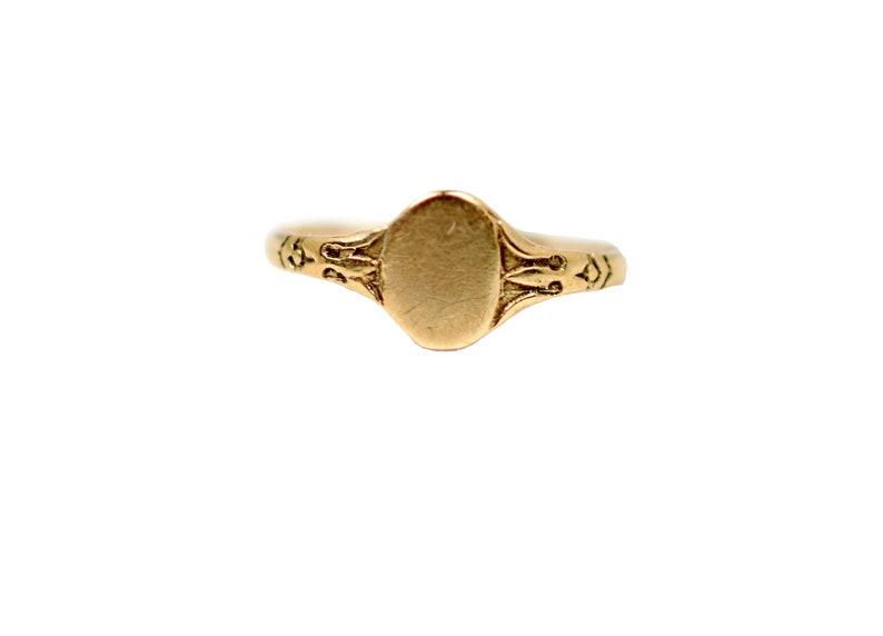Vintage 10k Baby Signet Ring