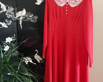 Lady in Red Dress // Vintage Red Dress Size XXL