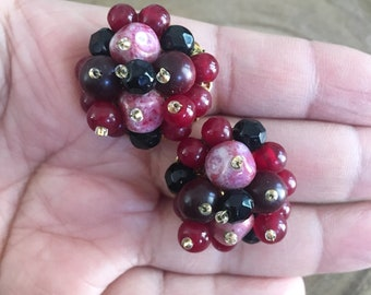 Very Berry Cluster Beaded Clip on Earrings / Vintage Jewelry