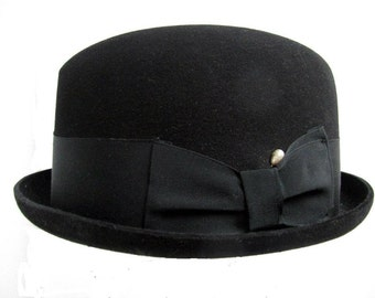 cf7e3190f33 Vintage Mans Hat Black Stingy Brim Fedora Hat size 6 7 8 Small