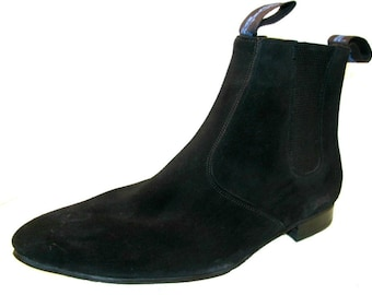 Vintage Chelsea Boots From England Mens Old Suede Black Suede Gusset Boots Mns US size 7