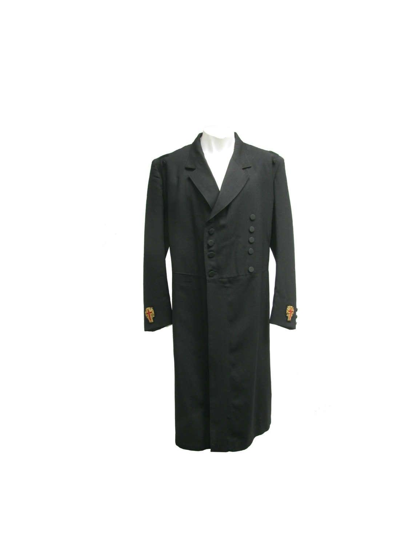 1950s Mens Hats | 50s Vintage Men's Hats Antique Knights Templar Coat Mens Mastercut Black Summer Weight Masonic Ceremonial Fomal Frock With Crosses On Sleeves Mens Sz Small $175.00 AT vintagedancer.com