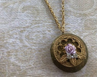 Vintage Brass Locket, Vintage Style, Handmade Jewelry, Perfect gift for Her