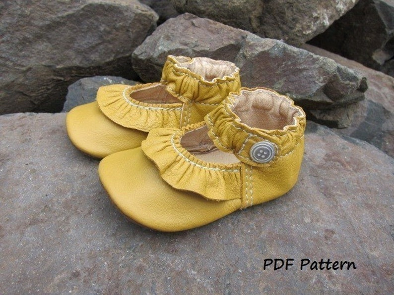 Baby Shoe Pattern Ruffled MaryJane Shoes PDF Sewing Pattern image 0