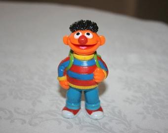 d3327e05f82 Plastic ernie toy