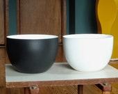 Rare Finel Arabia Matte Black Bowl Made in Finland - Kaj Franck - Mid Century Modern - Vintage Enamelware - MCM - Black and White