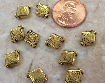 Antique Gold Plated Diamond Beads / Set of 10
