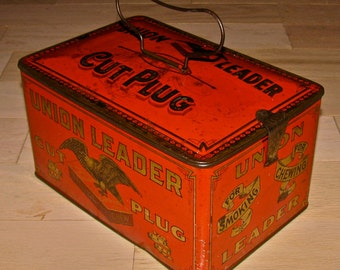 Antique / Vintage Union Leader Tobacco Tin Lunch Pail / Lunch Box / Old
