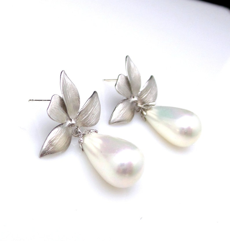bridal wedding Jewelry bridesmaid christmas prom party gift beach hawaiian orchid flower matte post earrings shell teardrop off white pearl