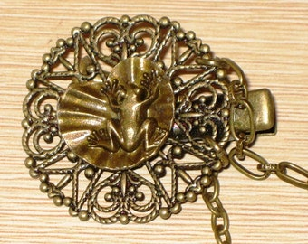 Sweater Clip Bronze with Frog on Lilypad Australian Made