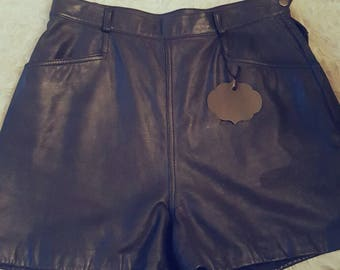 Wilsons Leather Womens Shorts Size XL