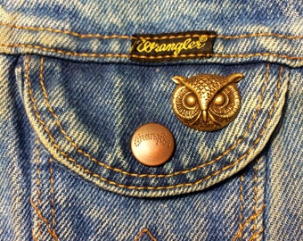 Handmade owl bird bead tie tack lapel hat pin by Hello Stranger // oxidized antiques brass // lead and nickel free // unisex gift idea