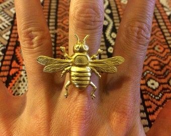 Vintage style brass bumblebee honeybee bee statement ring by Hello Stranger // handmade in the usa // unique unisex adjustable