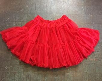 Vintage red crinoline sheer ruffle skirt // size large L // princes Lolita club kid rave festival square dance