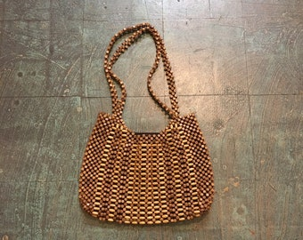 Vintage 60s 70s wooden beaded shoulder bag purse // Woodstock boho hippie gypsy festival neutral minimalist // spring summer 2019