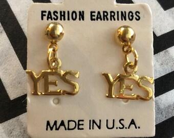 Vintage YES gold small drop earrings // ball stud dangle earrings