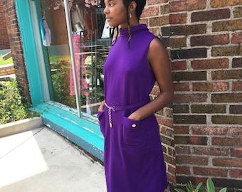 Vintage retro 60s mod shift dress // sleeveless dress // mid century style fashion // Union made in USA // fall back to school