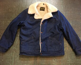 Vintage Wrangler Wrange denim workwear rancher jacket with faux shearling Sherpa collar and lining  // unisex large coat // made in USA