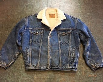 Vintage GAP denim bomber jacket with faux shearling sherpa collar and lining  // unisex fall winter coat