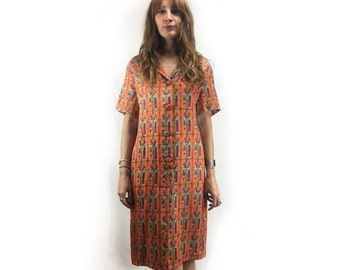 Vintage retro 60s Egyptian mod collared shift shirt dress // Button up // mid century style fashion