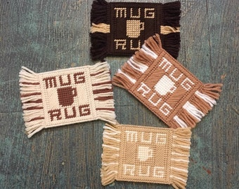 Vintage 60s 70s mug rug fringe coaster set // boho granny chic