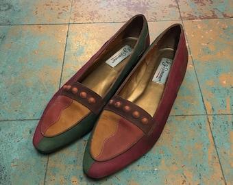 Vintage 80s 90s LJ Simone colorblock leather flats // US size 8.5 // boho retro neutral minimalist // Spring 2018 suede slip ons