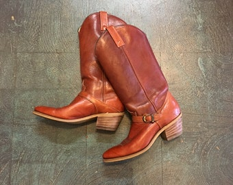 Vintage 70s 80s dingo leather harness campus boots with stacked heel // made in USA // size 8N narrow // country western boho hippie gypsy