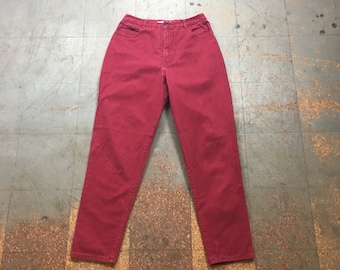 Vintage 90s mom jeans // red denim pants // size 12 baggy fit  // high waisted tapered leg