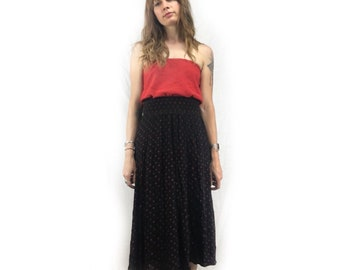 Vintage 70s 80s high waist Polka dot ribbed midi skirt // size S small // red and black // summer festival beach picnic