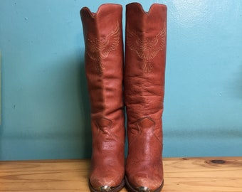Vintage 70s dingo studded thunderbird leather boots with stacked wood heel // made in USA // size 9 // country western boho hippie gypsy