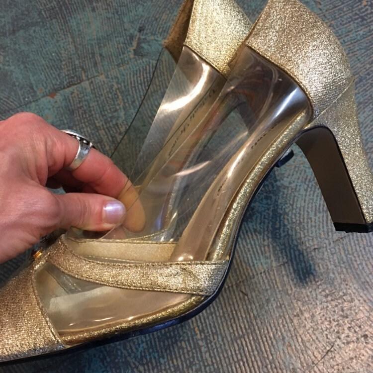 cd6cce0259406 Vintage 50s 60s style Valenti Franco gold glitter pumps // size 8 ...