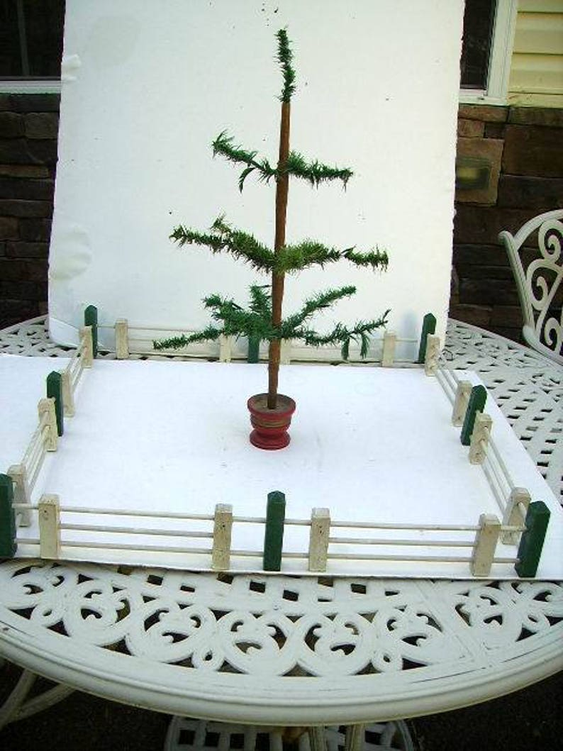 Vintage Feather Tree Wooden Christmas Fence Feather Tree Fench Dollhouse Fence