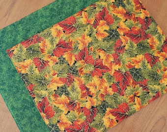 Reversible Autumn Placemats  - Set of 2 - Fall Placemats - Harvest Placemats - Leaves Placemats - Thanksgiving Placemats - Heat Resistant