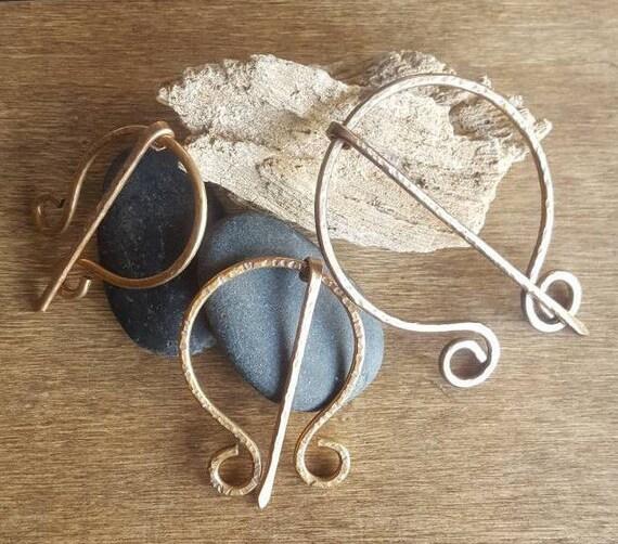 Amazing Bronze Shawl Pin Penannular Brooch Hand Forged Cloak Pin