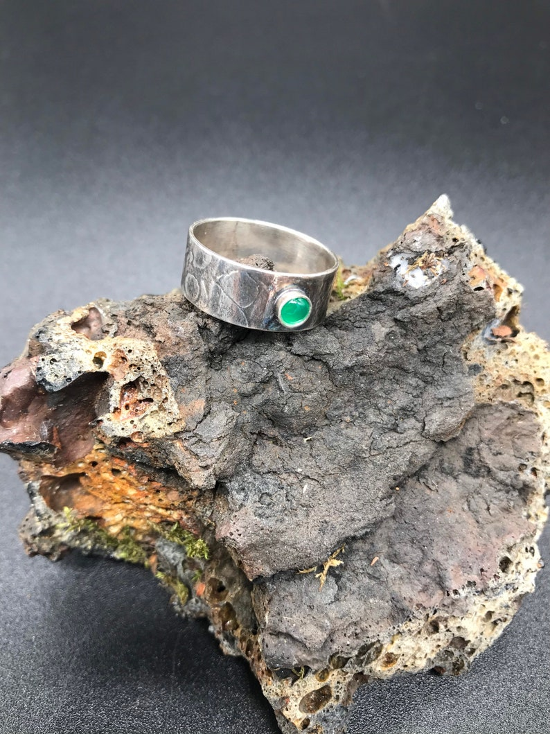 Single Stone Statement Ring Recycled Sterling Silver Beautiful Emerald Green Ring Handmade and Unique Textured Wide Band