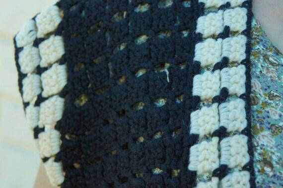 Vintage 70s Crochet Knit Sweater Vest/ Retro/ Boh… - image 2