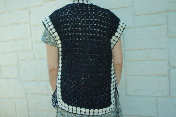 Vintage 70s Crochet Knit Sweater Vest/ Retro/ Boh… - image 4