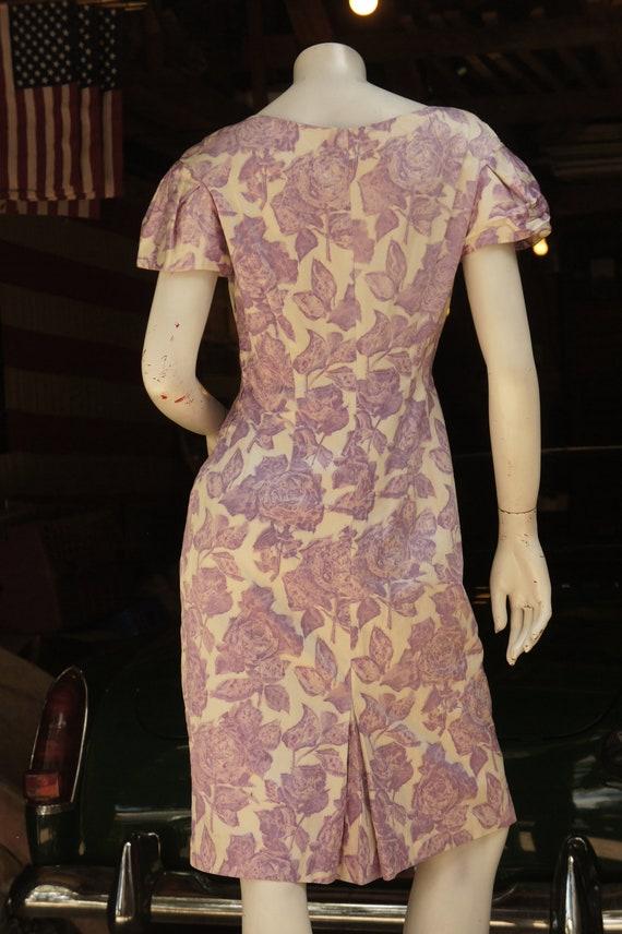 Vintage 50s Purple Floral Rose Print Dress /Retro… - image 4