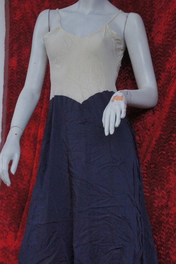Vintage 40s Rayon Dress Slip/Lingerie - image 6
