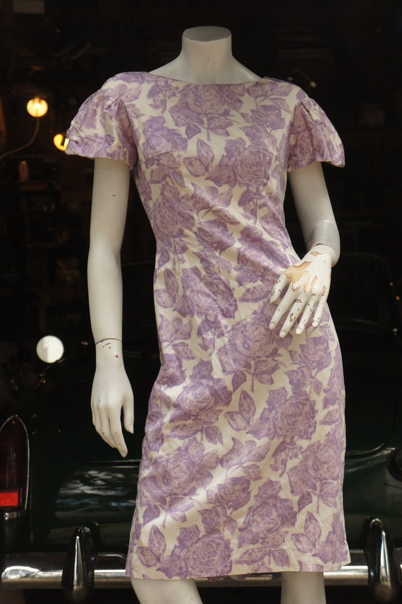Vintage 50s Purple Floral Rose Print Dress /Retro