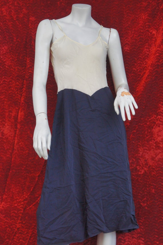Vintage 40s Rayon Dress Slip/Lingerie - image 2